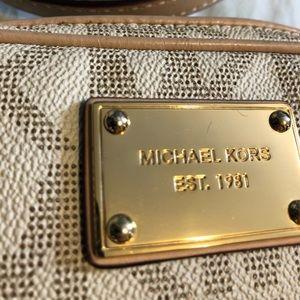 Michael Kors Bags - Michael Kors MK Logo Jet Set Crossbody Smal